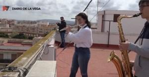 Los músicos emocionan a sus vecinos por el día de San José respondiendo a la convocatoria de la FSMCV