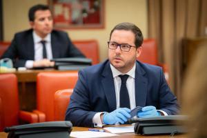 El PP exige a Sánchez que cese a Alberto  Garzón tras cuestionar al sector turístico