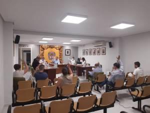 El Ayuntamiento de Cox respalda al comercio local con 109.800 euros