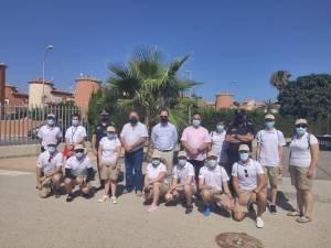 24 jóvenes se incorporan desde hoy como auxiliares de playa en Orihuela Costa
