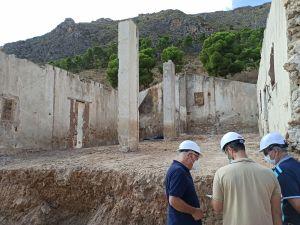 Comienzan las obras para convertir la Casa de los Mineros en un centro de interpretación de la mina de mercurio