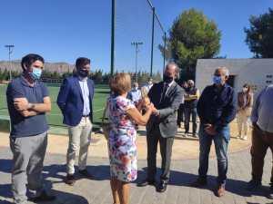 El polideportivo de Desamparados llevará el nombre del maestro 'Don Jesús'