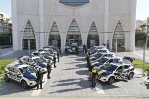 La Policía Local de Torrevieja estrena 16 vehículos de última generación