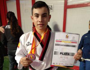 El bigastrense Mario Sarmiento, escogido por la Selección Española de Taekwondo para representar al país en el primer campeonato mundial virtual