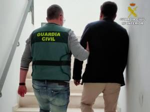 La Guardia Civil desarticula una trama de estafas en la adquisición de cítricos y explotación de temporeros