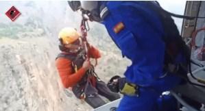 Rescatan a dos escaladores en la sierra de Orihuela