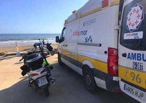 Rescatan a un bañista en apuros en Pilar de la Horadada