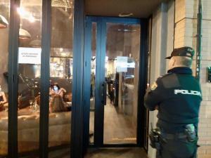 La Policía de la Generalitat controla e inspecciona 634 locales y propone sancionar a 22 en una Nochevieja sin incidencias