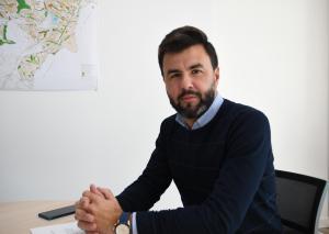 Aix celebra que se haya cumplido la exigencia de Ciudadanos de cese y retirada de competencias del edil popular vacunado contra la Covid