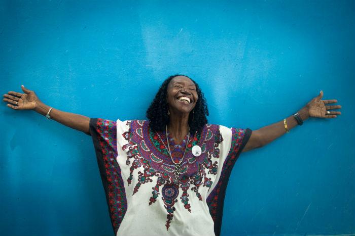 Lia de Itamaracá é cantora, compositora, dançarina, brincante e cirandeira. Foto: Camila Pifano/Esp. DP.