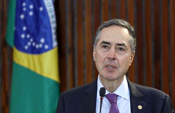 O ministro Luís Roberto Barroso, presidente do TSE, cogita adiamento por conta da pandemia (Foto: Roberto Jayme / Ascom / TSE)
