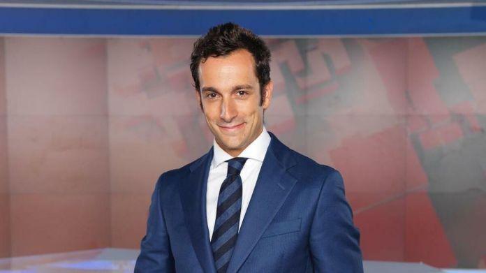 La dirección de RTVA cesa a Álvaro Zancajo como jefe de informativos de  Canal Sur tras la huelga de 48 horas