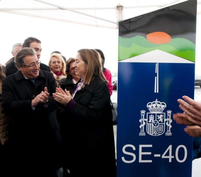 2013 marzo. La ministra Ana Pastor en la inauguración del segundo tramo de la SE-40, de la A-92 (Alcalá) a la A-376 (Alcalá).