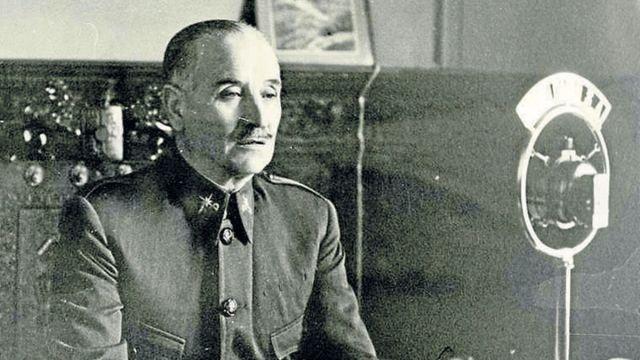 El general Gonzalo Queipo de Llano, en Sevilla, durante la Guerra Civil.