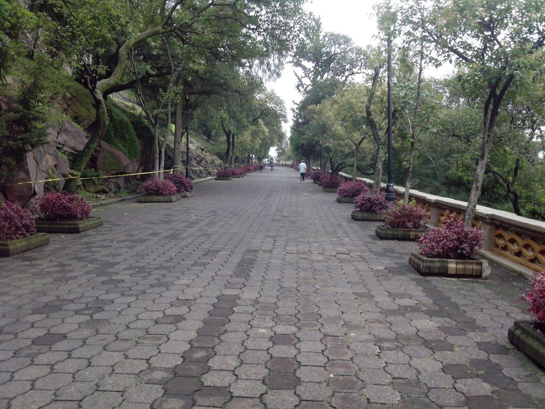 Subida al castillo de Chapultepec en la Ciudad de México