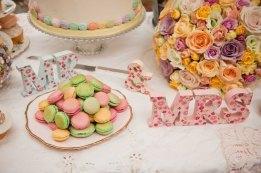 wedding macaroons