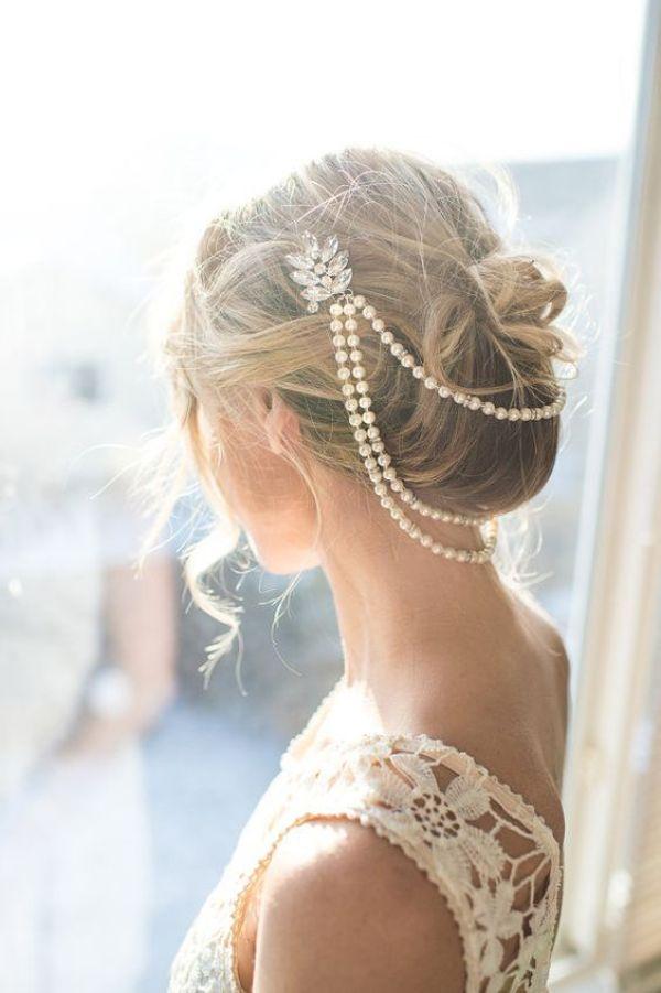 novia con tocado y perlas