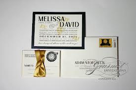 invitacion en blanco y dorado
