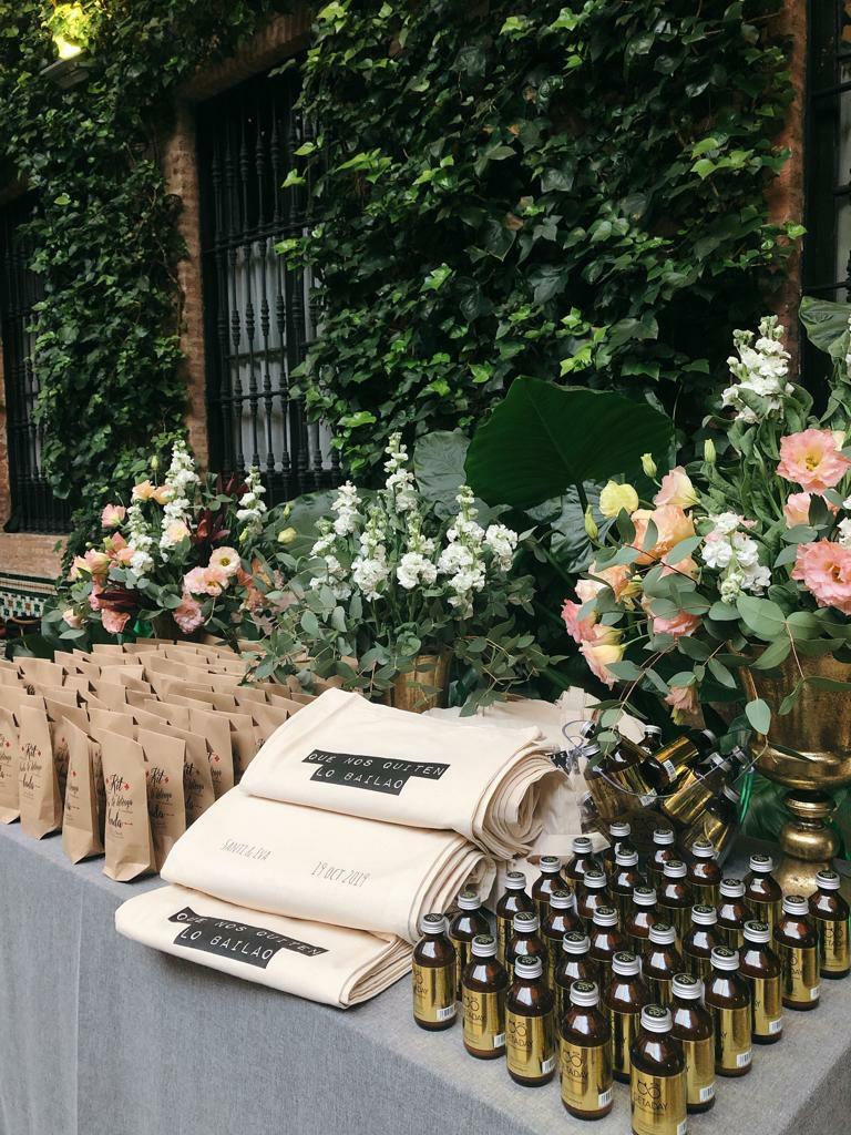 kit anti resaca para bodas 2 - ¿Como hacer un Kit de Emergencias para la Boda?