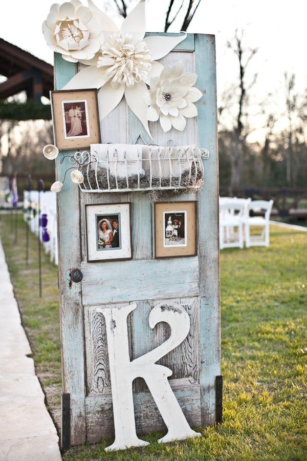 fondos para photocall de bodas originales puerta decorada