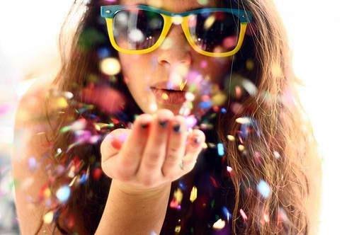 blow colorful confetti girl shades Favim.com 137195 - Bienvenidos al Gran Estreno y Cambio de Look!