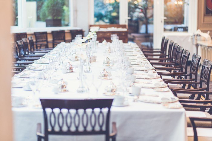 Wedding Breakfast Club tarta mesa