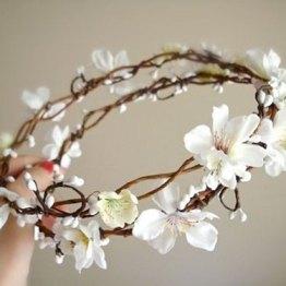 corona de flores con orquidias