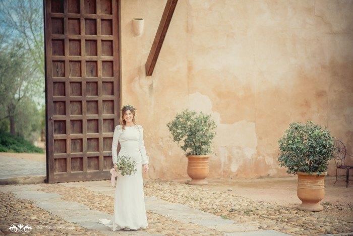Boda de destino en Toscana llegada novia - Editorial con aires a la toscana