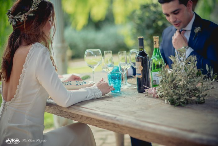 Boda de destino en Toscana bebida - Editorial con aires a la toscana