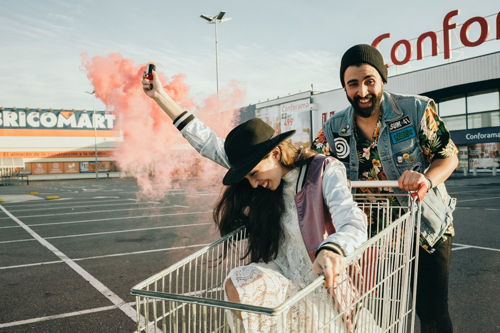 Editorial Young Lovers (20)