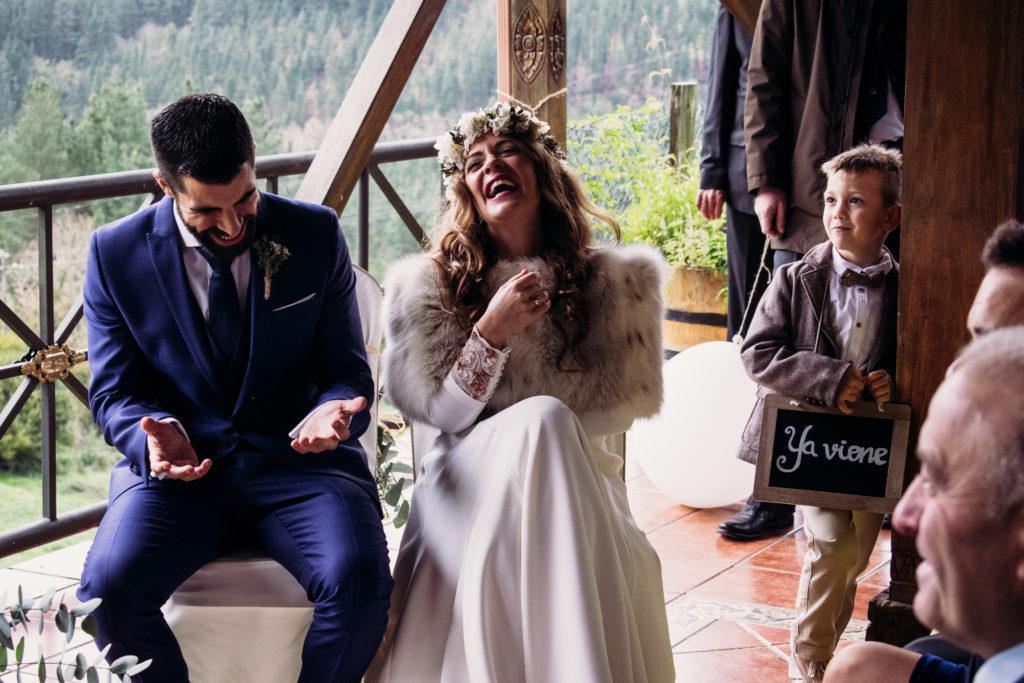 Pia Alvero fotografia de boda bonita en Bilbao. 710 - La Boda Rústica de Tania y Rober en el Corazón del País Vasco