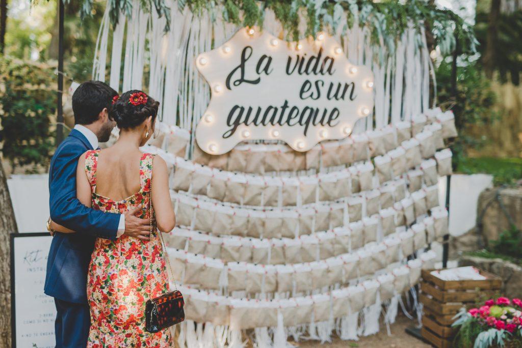 boda de raquel y tana con mascota 17 - La Vida es un Guateque