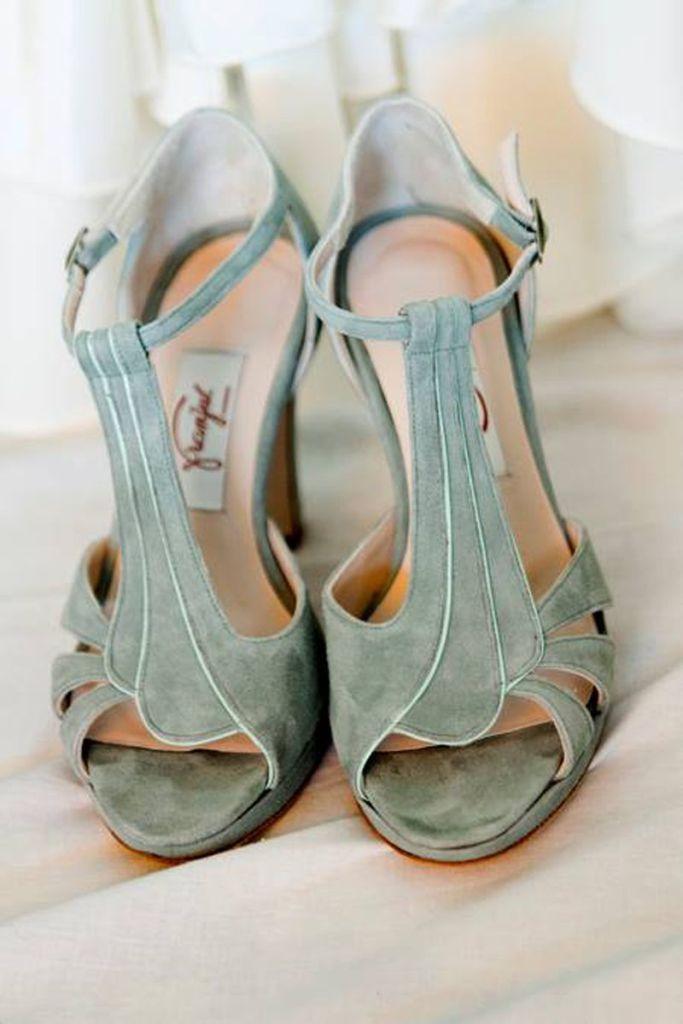 zapatos de novia de color - Consejos para Disfrutar de tus Zapatos de Novia después de la Boda