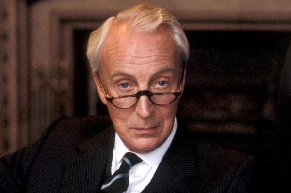 Ian Richardson ainda hoje é reverenciado pelos ingleses por seu papel em House of Cards, de 1990