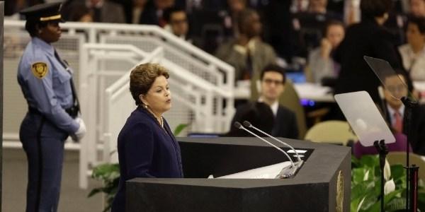24set2013---a-presidente-do-brasil-dilma-rousseff-discursa-durante-assembleia-geral-da-onu-organizacao-das-nacoes-unidas-em-nova-york-nos-eua-a-executiva-brasileira-disse-que-a-espionagem-1380034825451_615x300