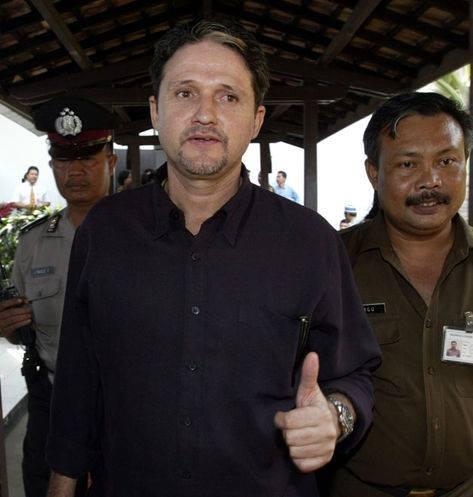 Em 2005, logo depois de receber a sentença de morte num tribunal em Jacarta