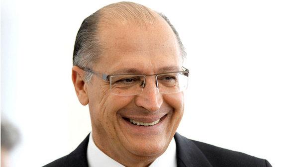 Inépcia sorridente: Alckmin