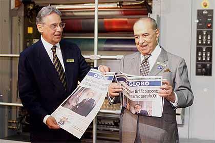 FHC e Roberto Marinho comemoram a nova gráfica do Globo, financiada com dinheiro público