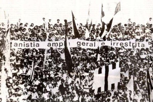 Pela anistia, na ditadura