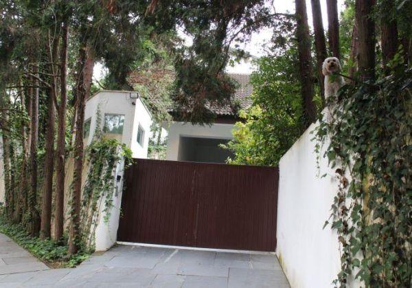A casa de Domingo Alzugaray, dono da Três, que será leiloada