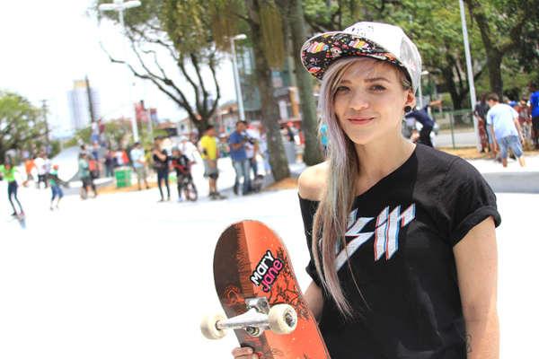 Karen Jonz, Tricampeã Mundial de Skate na Praça Palmares