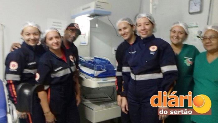 Equipe de profissionais de saúde que participou da ocorrência
