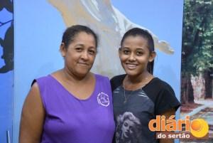 Solange e a sua mãe, dona Elisângela