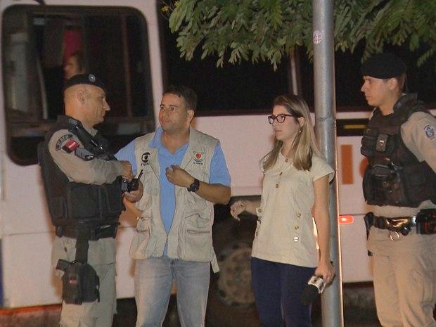Repórter chamou a Polícia Militar logo depois do crime, mas o suspeito não foi localizado (Foto: Reprodução/TV Paraíba)
