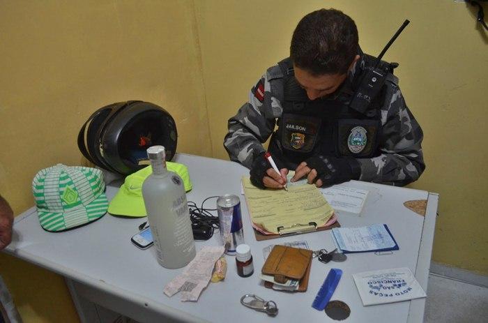 Material apreendido com os acusados (foto: Ângelo Lima)