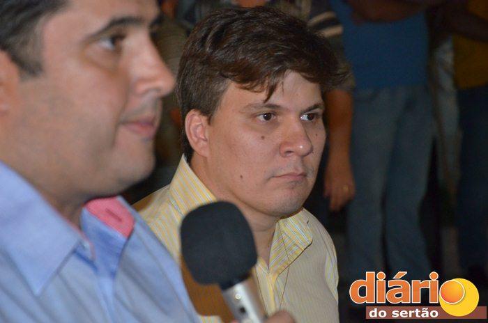 Médico Guilherme Carvalho está entre os mais cotados para a vaga vice de André (foto: Charley Garrido)