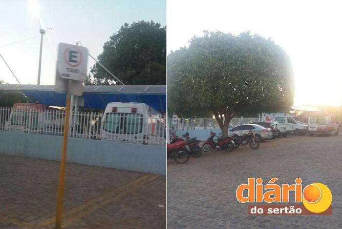 Ambulâncias estacionadas no Hospital Regional de Sousa (foto: Charley Garrido)