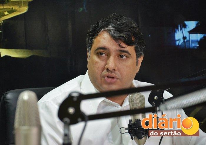Prefeito de Sousa, André Gadelha é candidato a reeleição (foto: Charley Garrido)