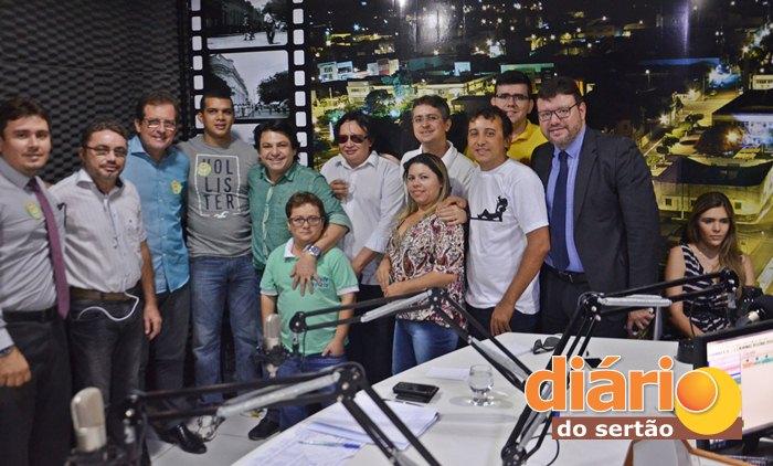 Entrevista foi realizada no Studio da rádio líder FM de Sousa (foto: Diário do Sertão)