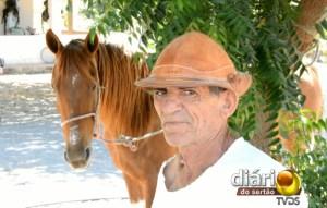 Seu Francisco é vaqueiro há 50 anos